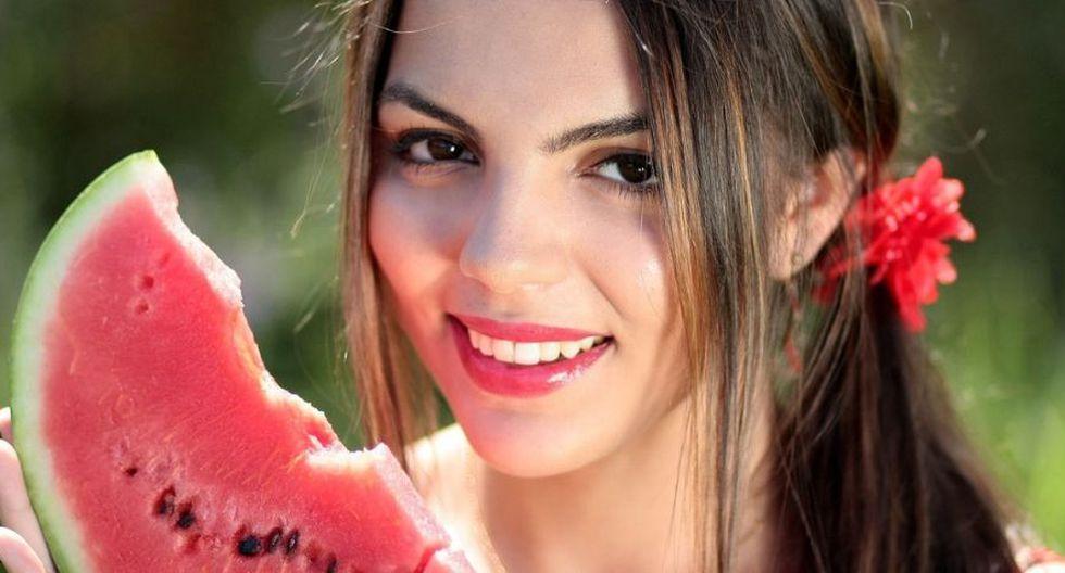 Come alimentos que contengan carotenos (frutas y verduras de color naranja, rojo y verde) (Foto: Pixabay)