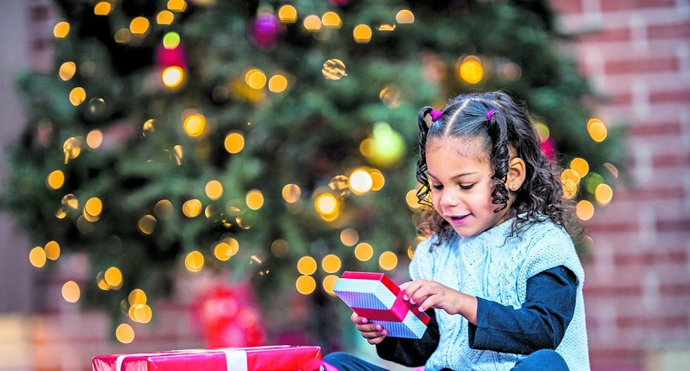 Los niños deben aprender que Navidad no es solo cosas materiales.